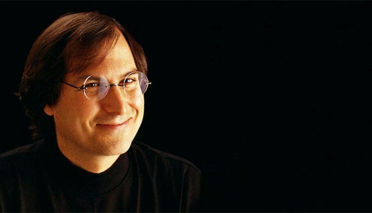 Yazilim-Bilgisi-Olmayan-İnsanların-Steve-Jobs'a-Camur-Atmasi